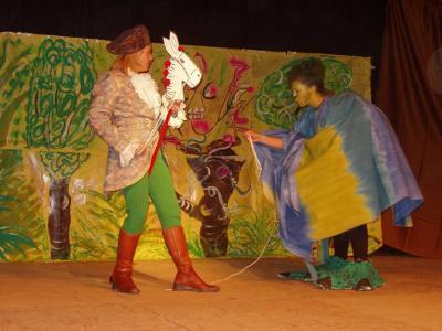 20071125165549-teatro-en-el-castillo.jpg