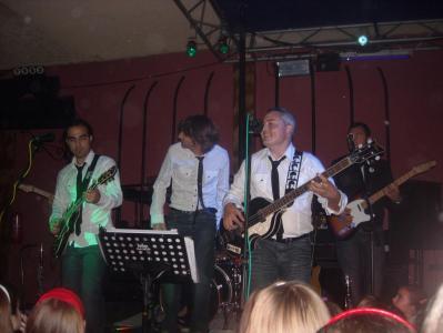 20081127161938-concierto-homenaje-a-los-beatles-en-lopera.jpg