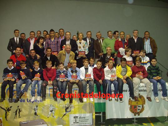20101103170451-ii-gala-del-deporte-villa-de-lopera-copia.jpg