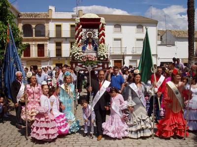 20110424133454-procesion-virgen-de-la-cabeza-lopera.jpg