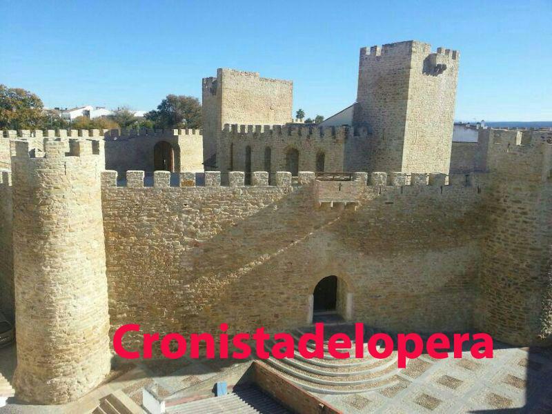 20131130165119-castillo.jpg