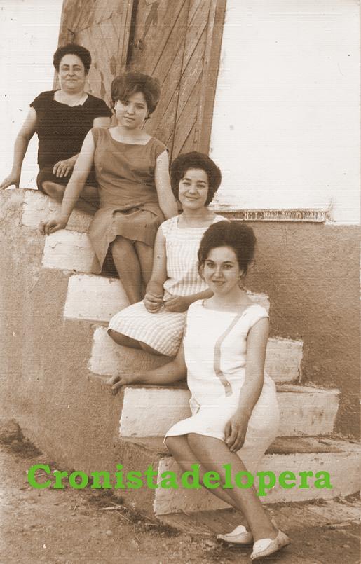 20141128104952-envasadoras-la-loperana-3-8-1964-copia.jpg