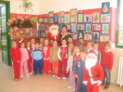 20071218125210-papa-noel-en-el-colegio.jpg