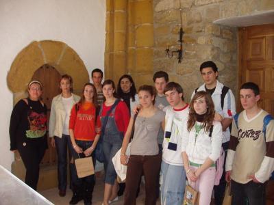 20080314180730-escolares-conocen-patrimonio-de-lopera.jpg