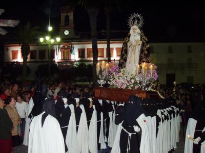 20080315113129-procesion-viernes-dolores.jpg