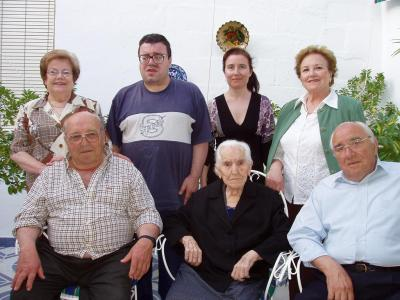 20080506103907-francisca-rodriguez-cumple-107-anos.jpg