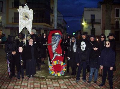 20110309204913-copia-de-entierro-de-la-sardina.jpg